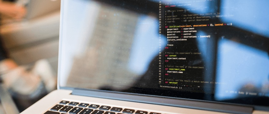 online-accelerated-bootcamp-coding-on-laptop